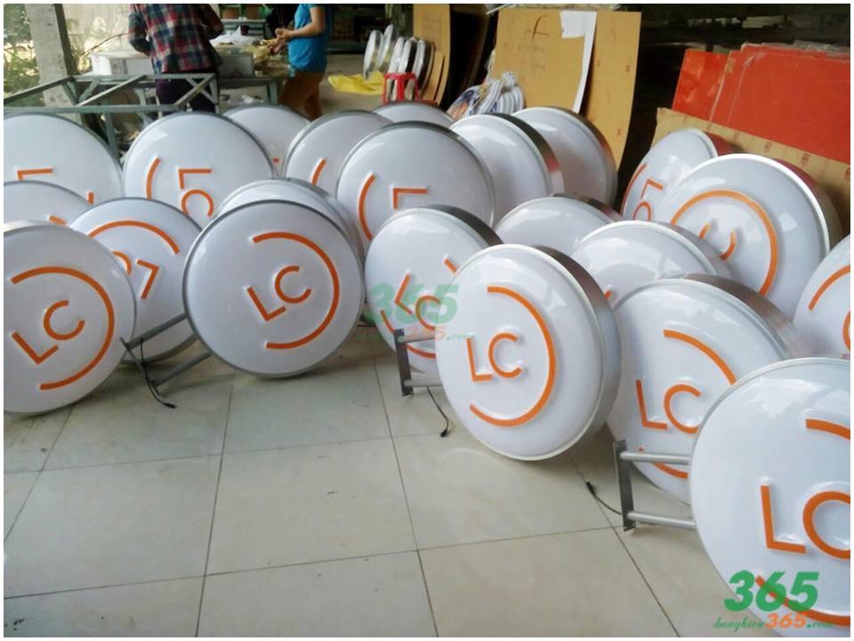 Sản xuất Mẫu Hộp đèn Mica tròn theo yêu cầu
