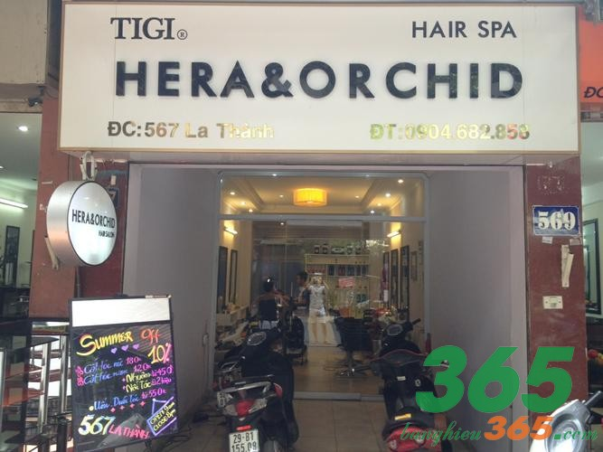 Bảng quảng cáo tiệm tóc chữ nổi mica kết hợp inox vàng gương