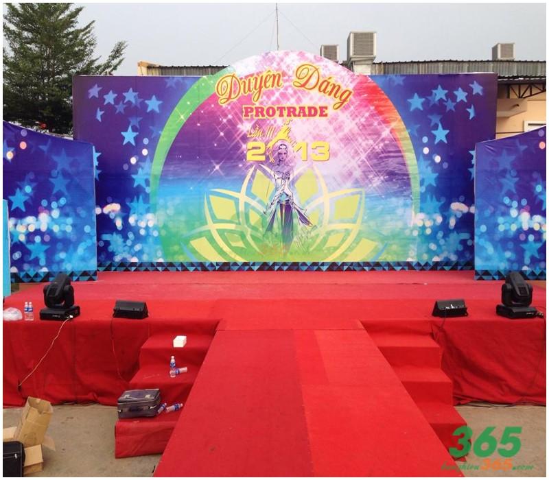 Mẫu thi công backdrop sân khấu ngoài trời đẹp