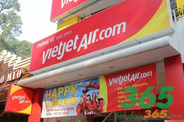 Bảng hiệu in hiflex màu sắc nổi bật, sắc nét cho cửa hàng