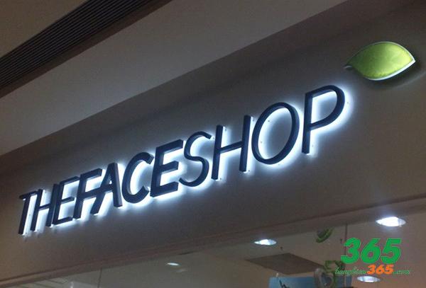 LED âm là thương hiệu nổi bật một cách sang trọng, được dùng nhiều trong các trung tâm thương mại